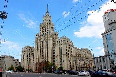 Административно-жилое здание у «Красных Ворот» - сталинская высотка.