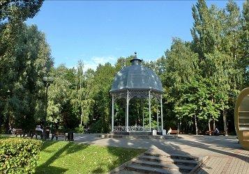 Музыкальная беседка - Измайловский парк культуры и отдыха в Москве.