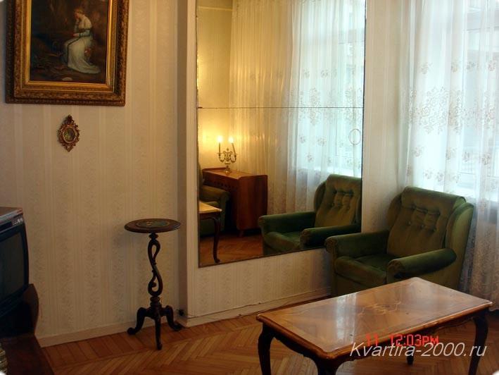 Снять двухкомнатную квартиру на сутки м. Тверская