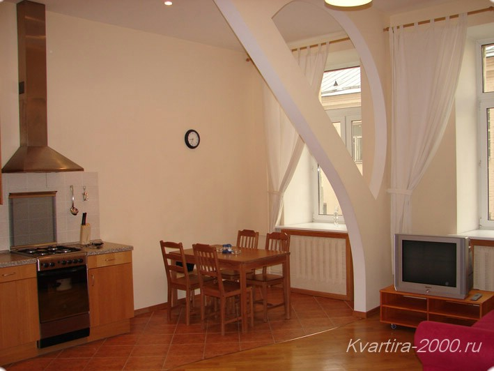 4-комнатная квартира посуточно м. Смоленская