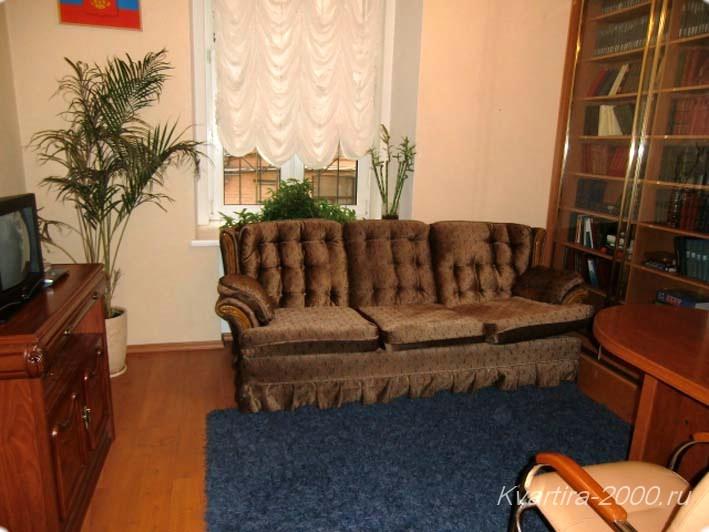 Снять 4-комнатную квартиру на сутки м. Чеховская