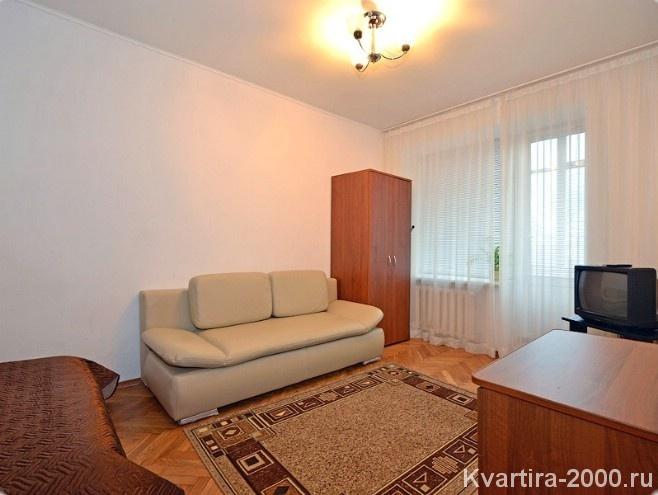 Снять однокомнатную квартиру на сутки м. Смоленская по цене 3800 рублей