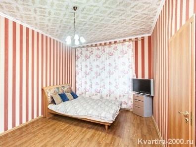 Однокомнатная квартира посуточно м. Нагорная за 2800 рублей