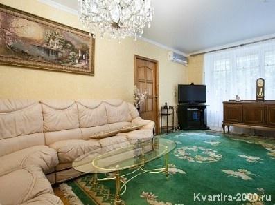 Двухкомнатная квартира на сутки м. Сокол по цене 3500 рублей