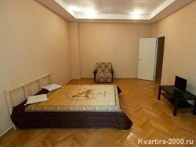 Двухкомнатная квартира на сутки м. Сокольники за 3500 рублей