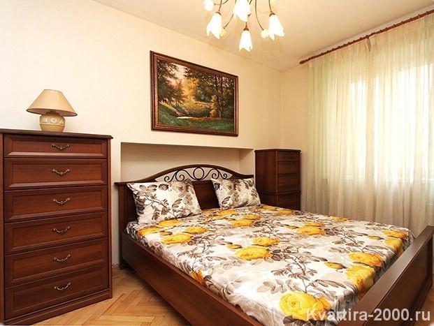 Двухкомнатная квартира посуточно м. Савеловская по цене 3800 рублей