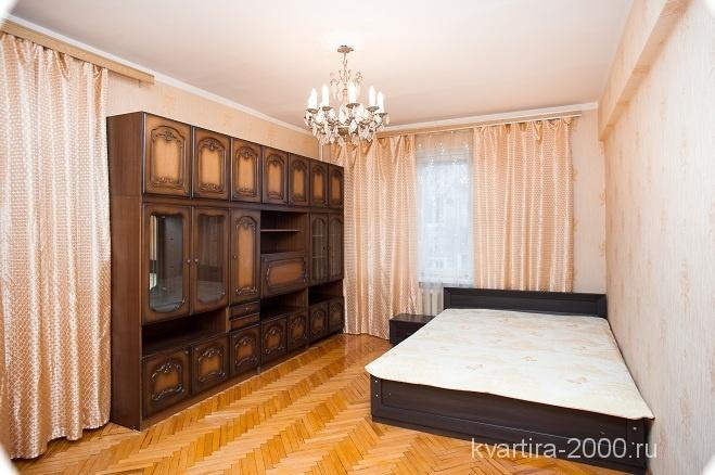 Снять трехкомнатную квартиру на сутки м. Краснопресненская