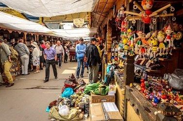 Блошиный рынок, вернисаж в Измайлово.