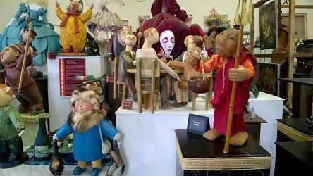 Галерея «Кукольный переулок».