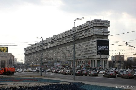 Дом-корабль в Москве, метро Тульская