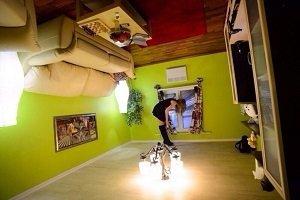Квест-комната «Дом вверх дном» на Комсомольской