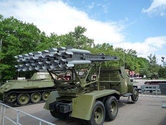 Выставка военной техники в парке Победы на Поклонной горе.